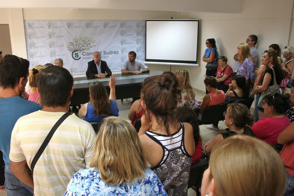 021b3a58 Trabajadores de la fábrica de calzados DASS en Coronel Suárez denunciaron  300 despidos.